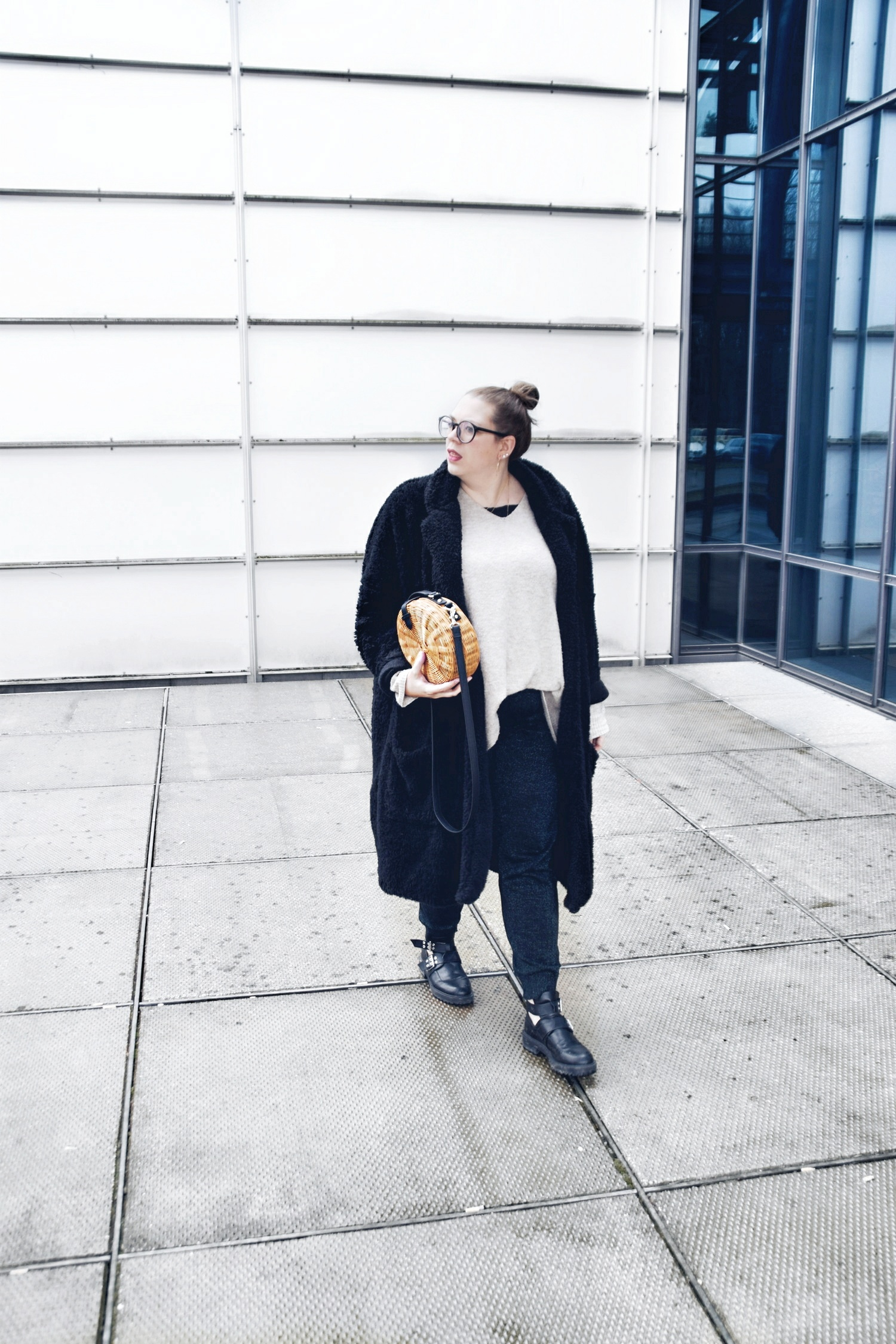 Outfit : Teddycoat Asos Man & Box Bag Bambus Mango_8