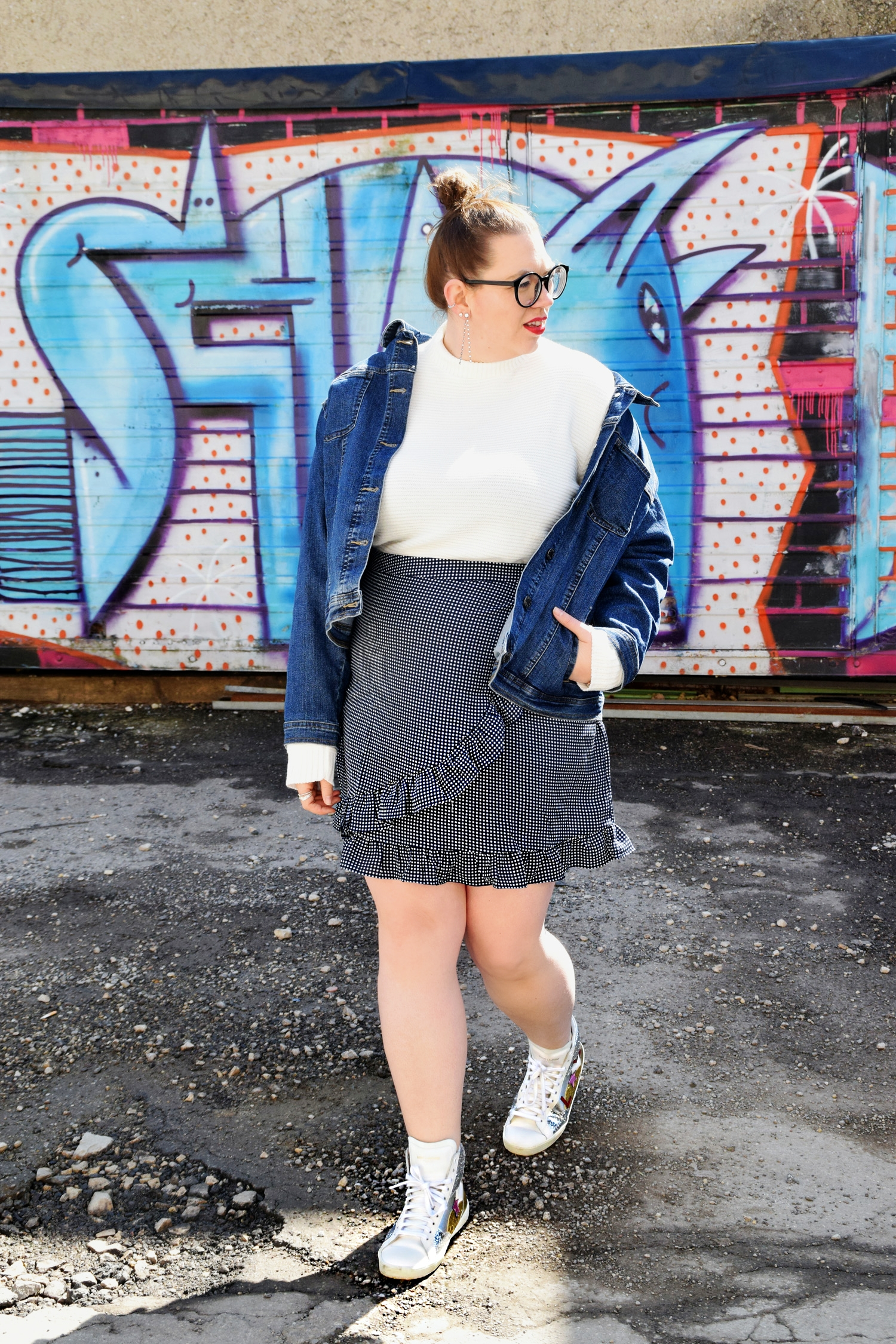 Outfit : Hightop Sneaker Saint Laurent & Miniskirt Asos_2